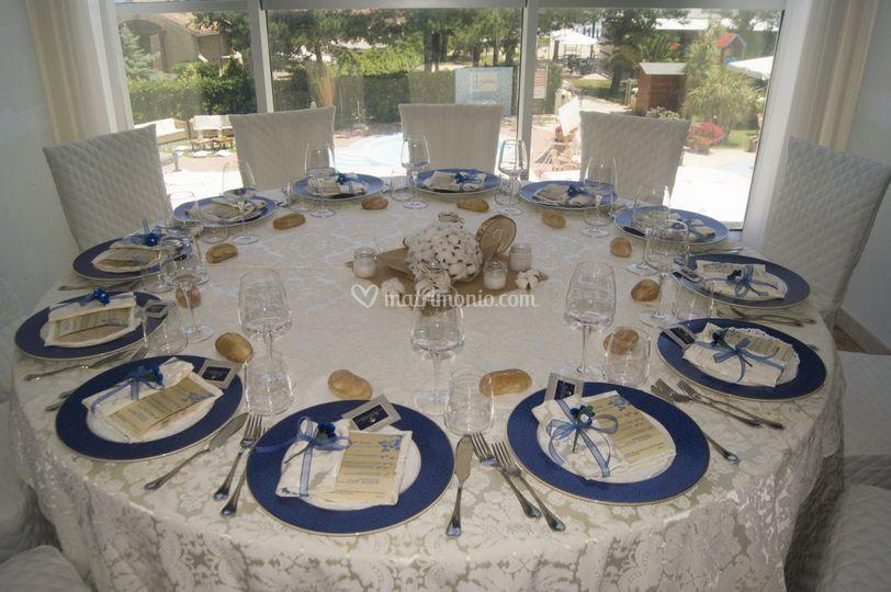 Tavolo con vista mare