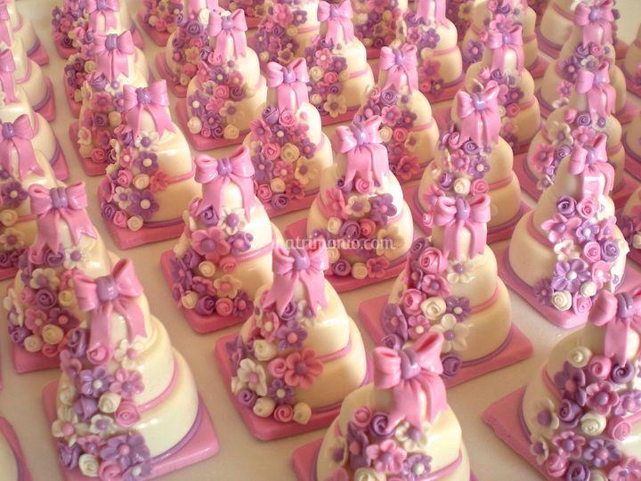 Minicake con fiocco rosa