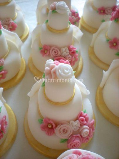 Minicake pasta di zucchero