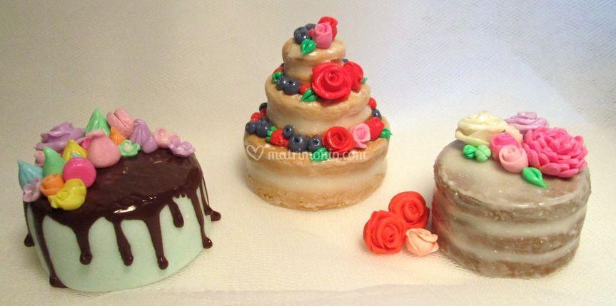 Mini naked cake e drip cake