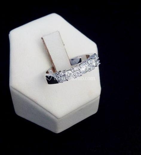 Verette oro bianco e diamanti