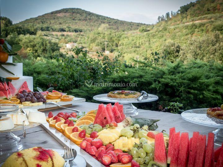 Buffet Di Dolci E Frutta : Dolci per un buffet golosissimo leitv
