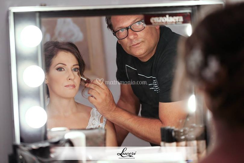 Enzo Laera Make Up Artist