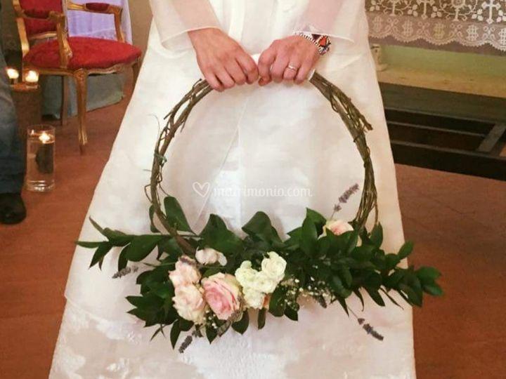Hoop bouquet