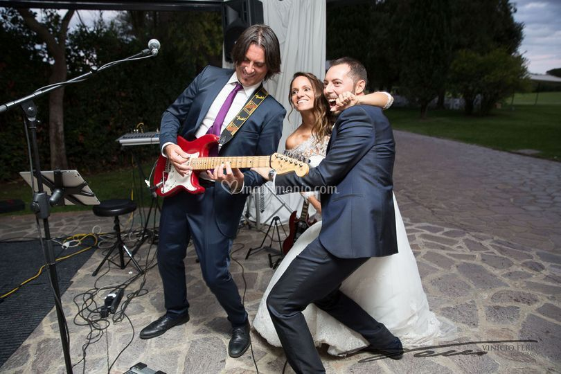 AlternaTrio - Rock pop trio