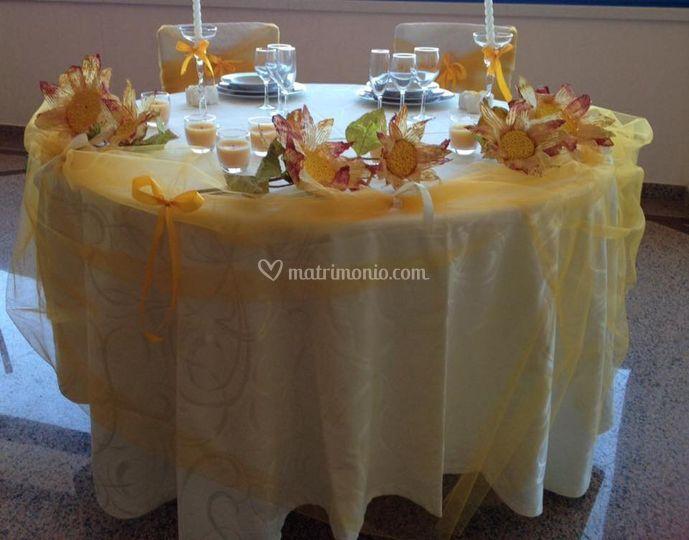 Tavolo Matrimonio Girasoli : Hotel san gaetano srl