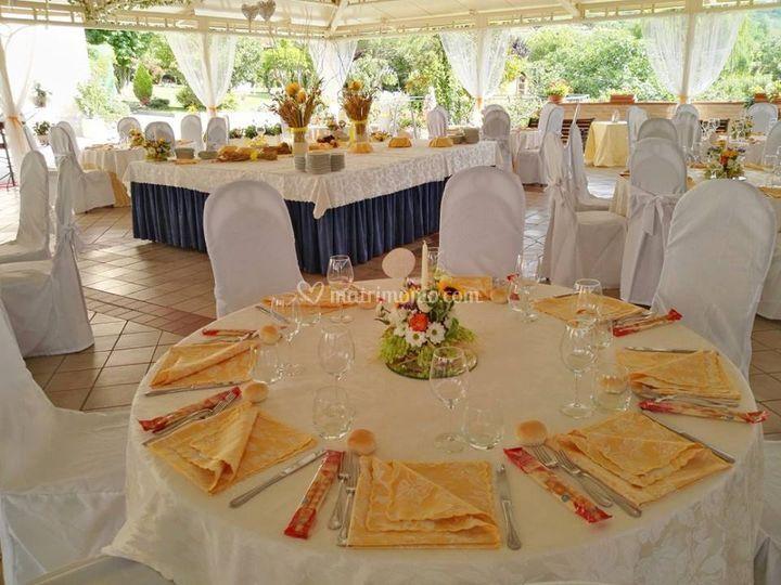 Matrimonio In Ristorante : Matrimonio in bassa stagione di ristorante delizie d