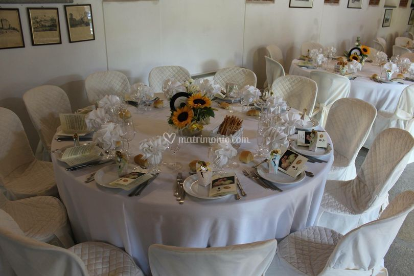 Particolare tavolo sala
