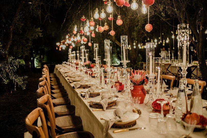 Allestimento tavolo e luci