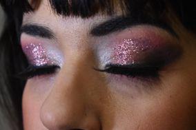 Lora Make Up