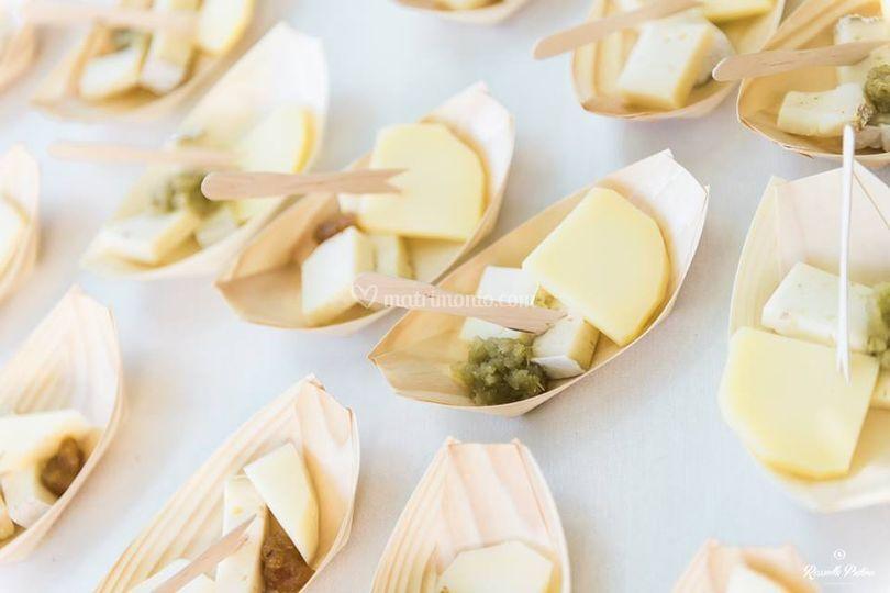 Barchette di formaggi