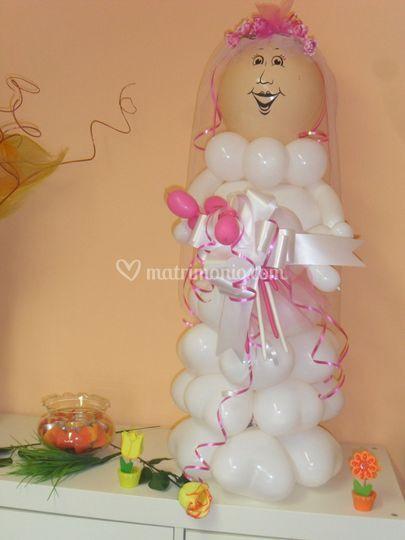 Sposa di palloncini