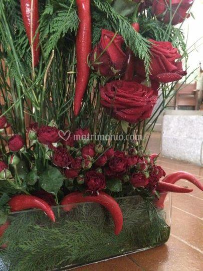 Chiesa. Rose e peperoncini