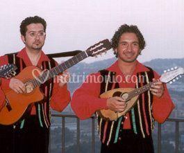 Chitarra e mandolino in posteggia