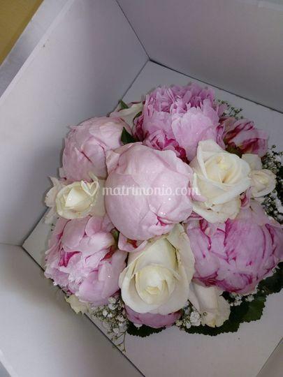 Bouquet romantico peonie/rose
