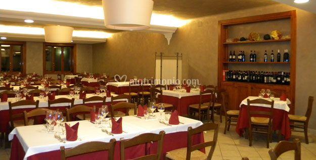 La sala di ristorante il corno rosso foto 5 for Ristorante il rosso bologna