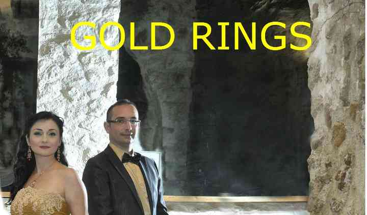 Gold rings live