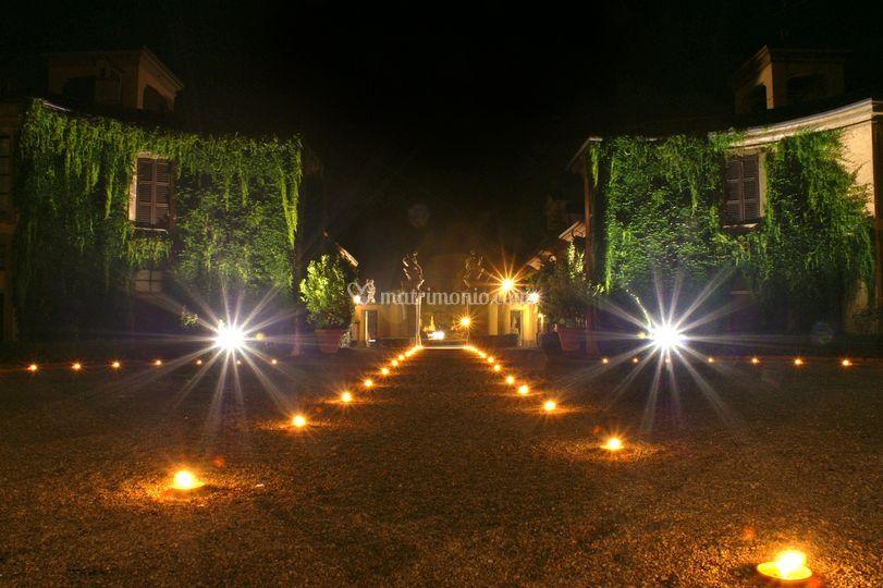 Illuminazione a candele di villa taverna foto 21 for Illuminazione taverna