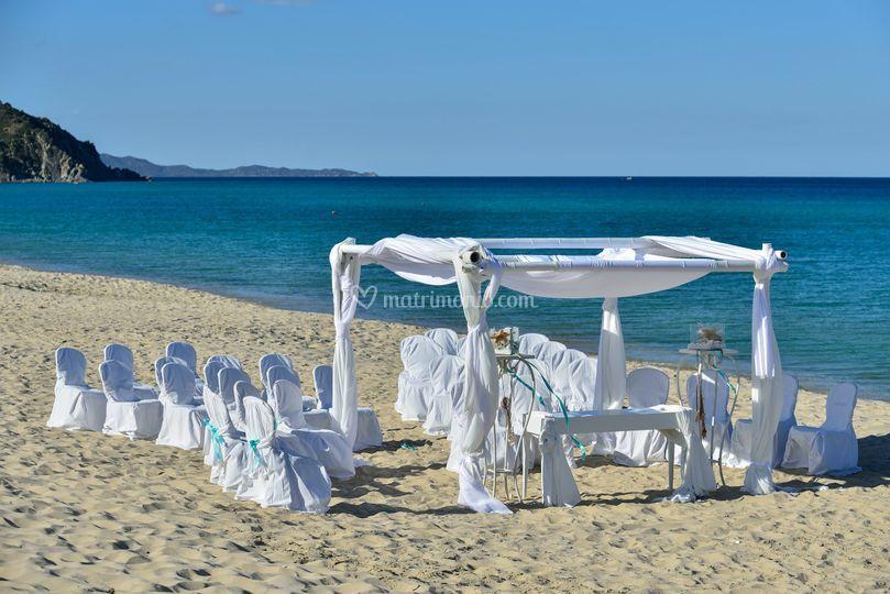 Matrimonio Spiaggia Marina Di Massa : Matrimonio in spiaggia di hotel garden beach foto