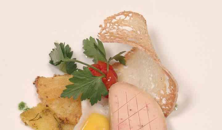 Foie gras ed ananas al pepe secoine