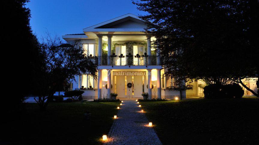 Matrimonio Tema Isole : Villa patrizia di magnago