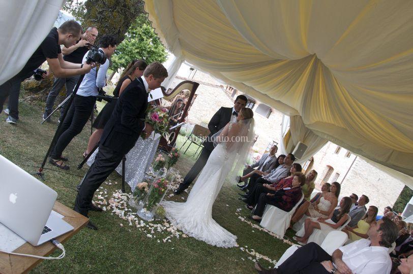 Dj Matrimonio Toscana : Cerimonia con casse bianche di fabiodex wedding dj foto