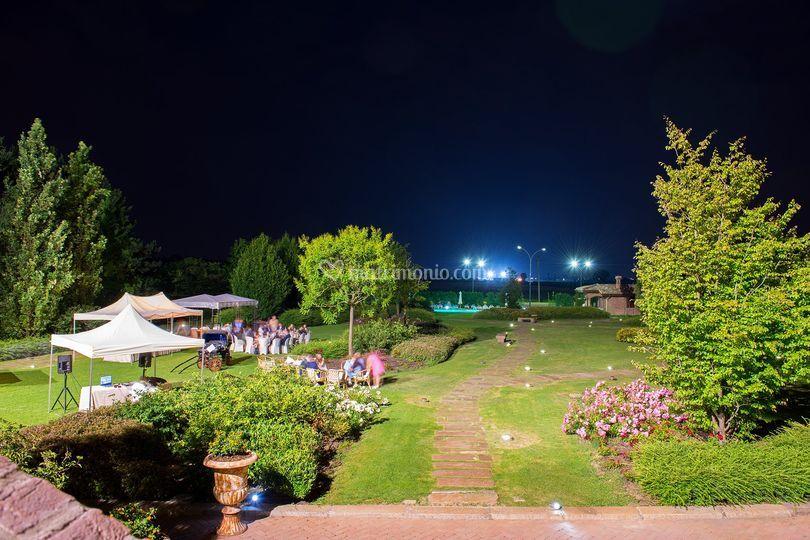 Parco di notte di la tavola rotonda foto 33 - La tavola rotonda piacenza ...