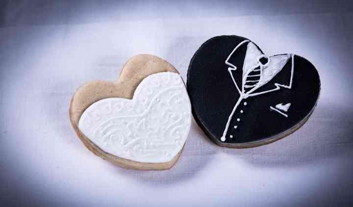 Biscotti nuziali decorati