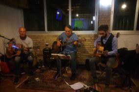 """Trio acustico """"Les Trois Paires"""""""