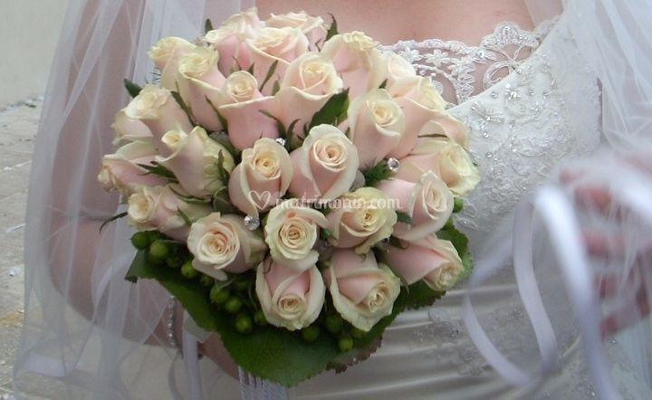 Matrimonio Bed Of Rose : Modi per conservare il bouquet da sposa