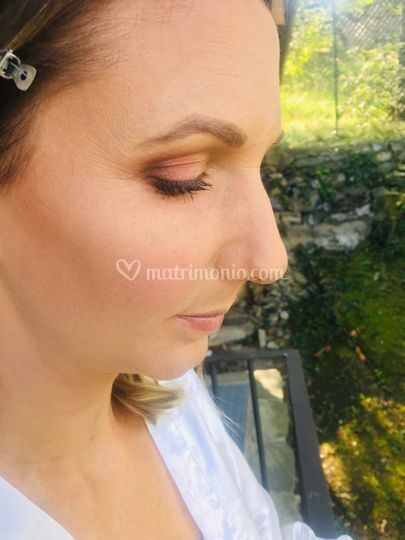 Lela Make-Up