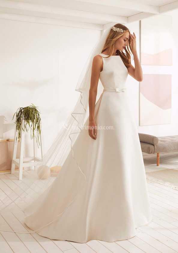 Abiti e Vestiti da Sposa Semplici e Lisci | Marisa Spose