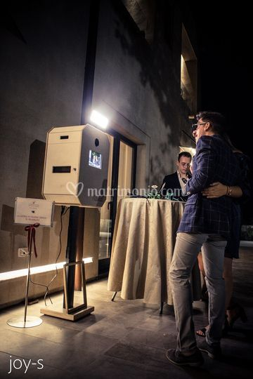Display totem photobooth