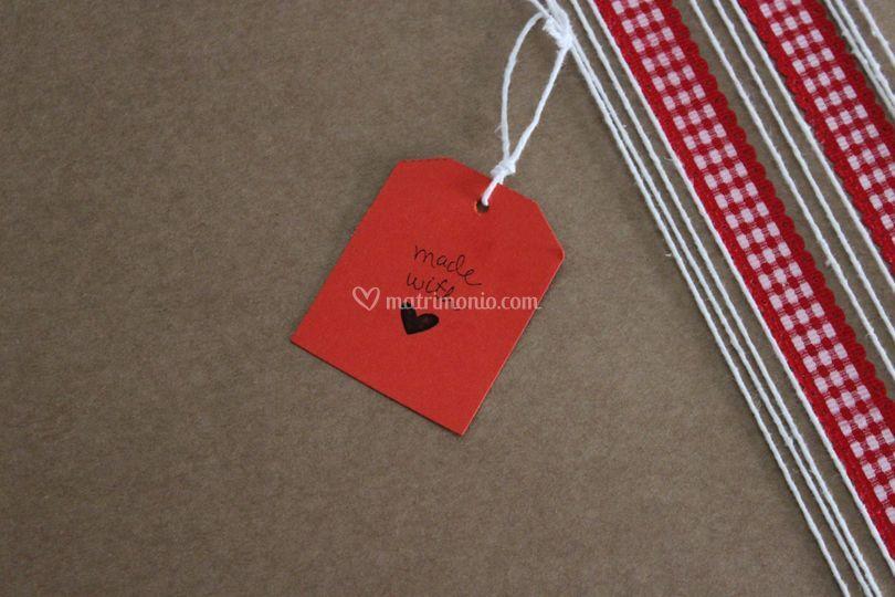 Dettagli del packaging: tag