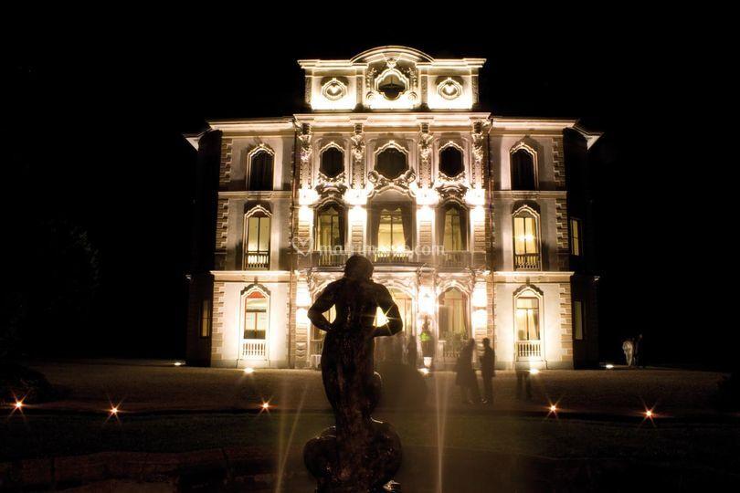 """Hotel Villa Borghi """"By Night"""""""