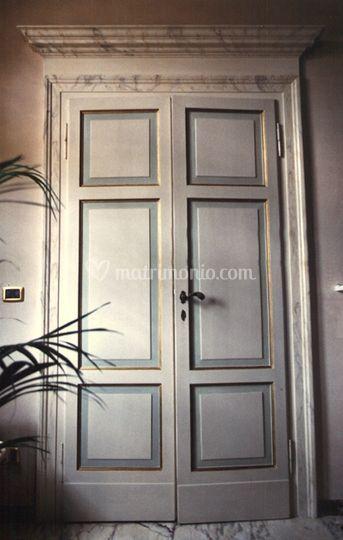 Porta laccata e dipinta a mano