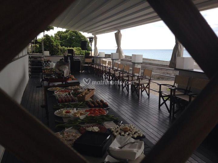 Buffet in terrazza