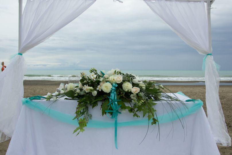 Stormy ceremony details