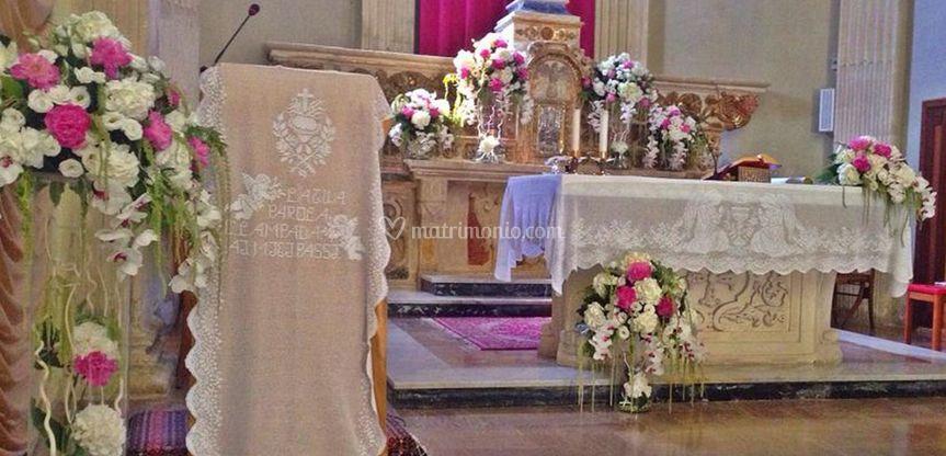 Decorazione dell'altare