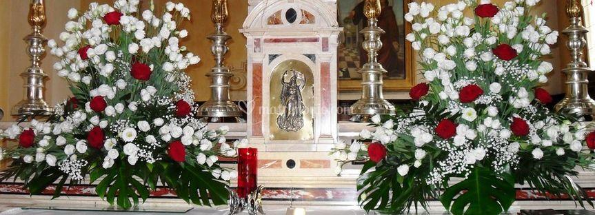 Decorazione altare