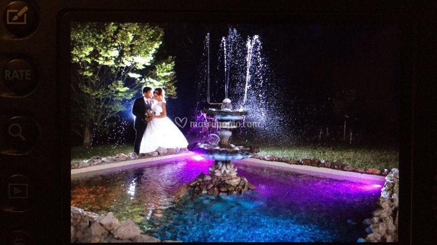 Sposi alla fontana