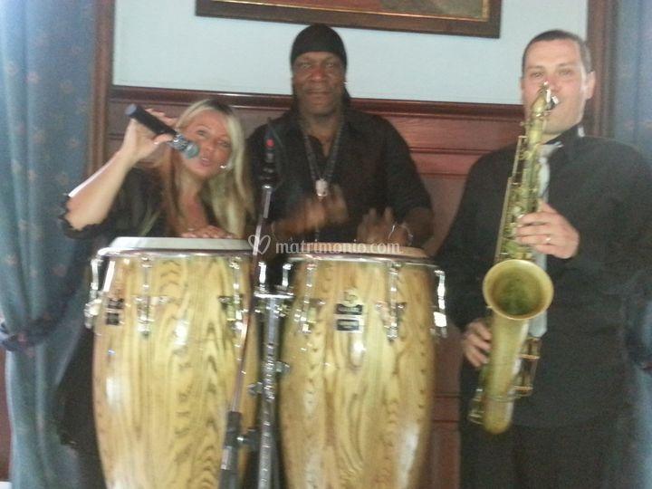 Trio con saxofonista