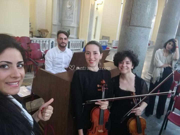 Violino, Viola, Soprano, Organ