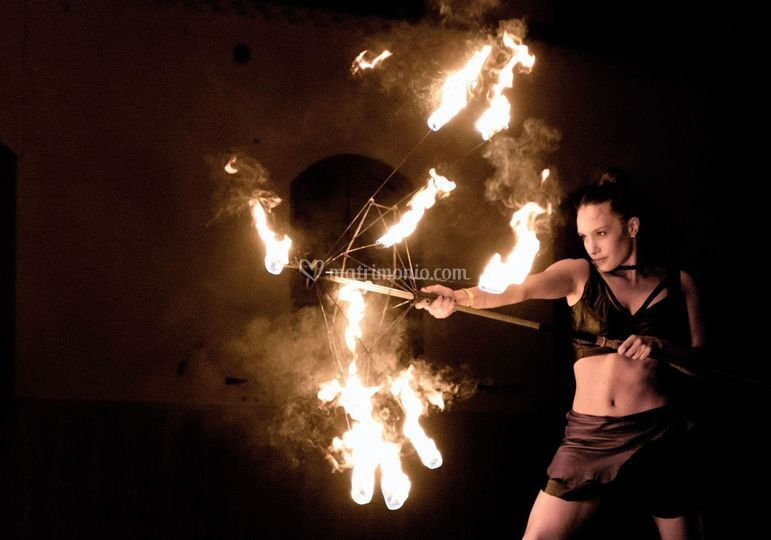 Artista con il fuoco