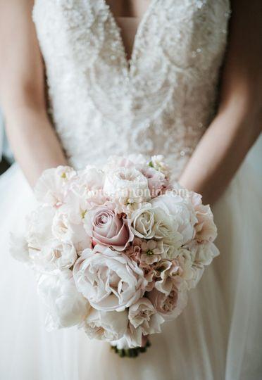 Elegant bouquet of peonies