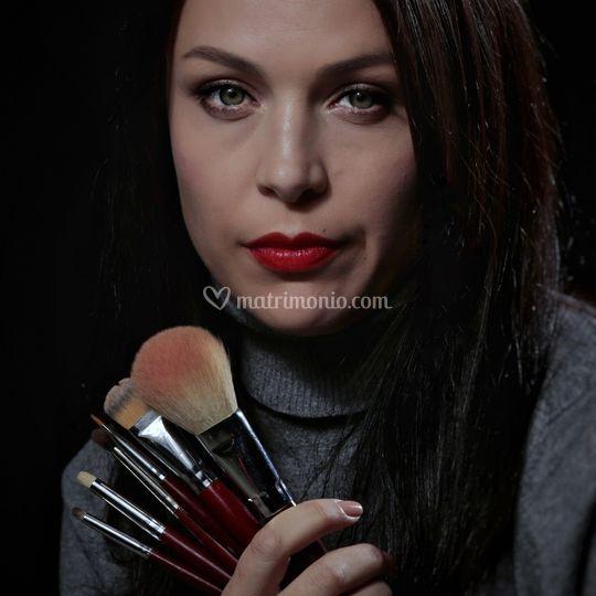 Irina Zdeara make-up artist