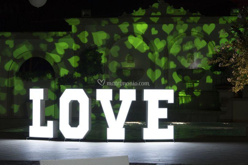 Scritta Love