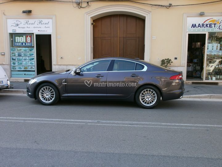 Jaguar XF euro 190 di Real Rent srls