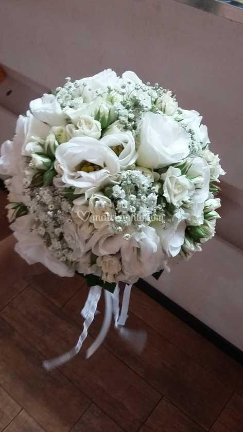 Bouquet Sposa Lisianthus.Bouquet Rose E Lisianthus Di Papaveri E Papere Foto 12