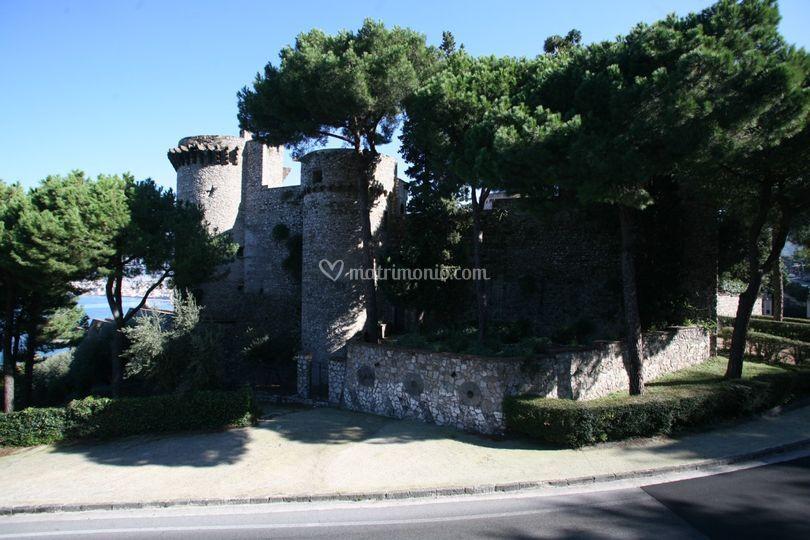 Il Castello da ovest